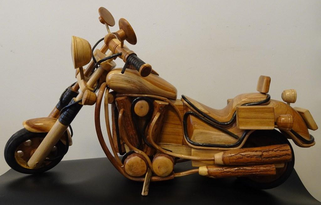 Eerlijk & Werelds hout motor