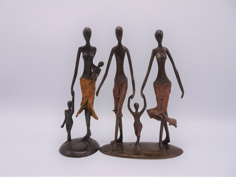Eerlijk & Werelds bronzen beelden