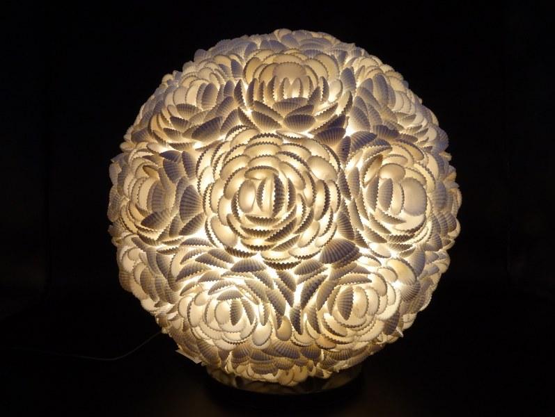 Eerlijk & Werelds tafellamp schelp